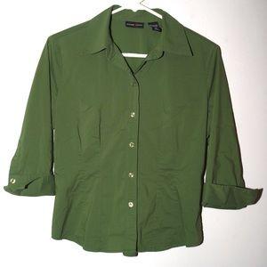 New York & Co. green 3/4 sleeve button up shirt